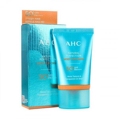 Легкий увлажняющий крем AHC Natural Perfection Moist Sun Cream SPF50+/PA++++