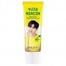 Осветляющий солнцезащитный крем Some By Mi Yuja Niacin Mineral 100 Brightening Sunscreen SPF50+/PA++++